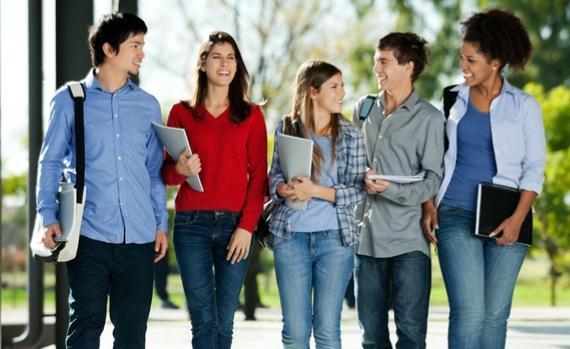 Estudiantes Universitarios