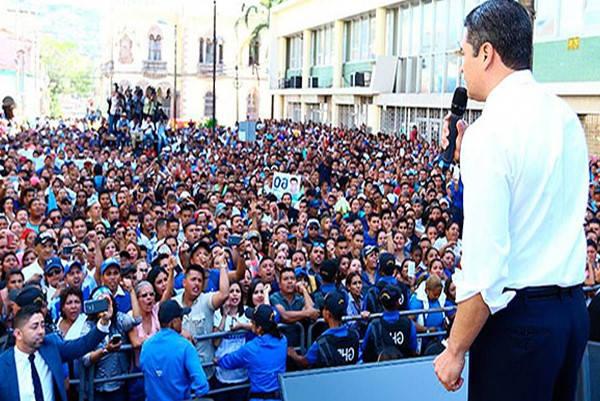 mitin político Requisitos para ser alcalde en Colombia