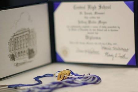 Certificado de reconocimiento diploma completo