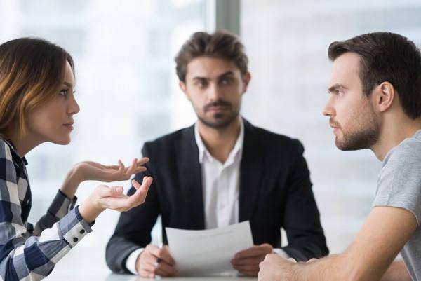 Requisitos para ser mediador Pareja con mediador
