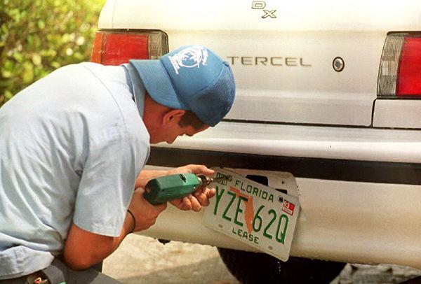 requisitos para sacar placa de auto