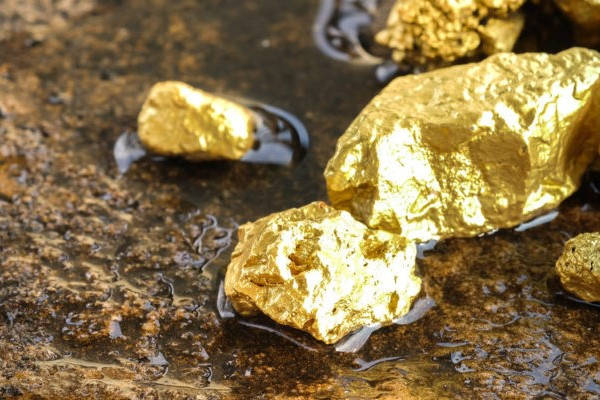 Como saber si es Oro piedras