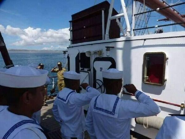 cadetes de la escuela naval
