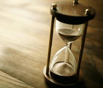reloj de arena nacimiento