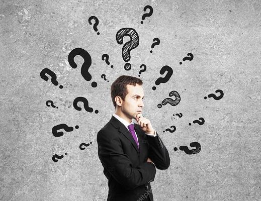 Hombre con preguntas