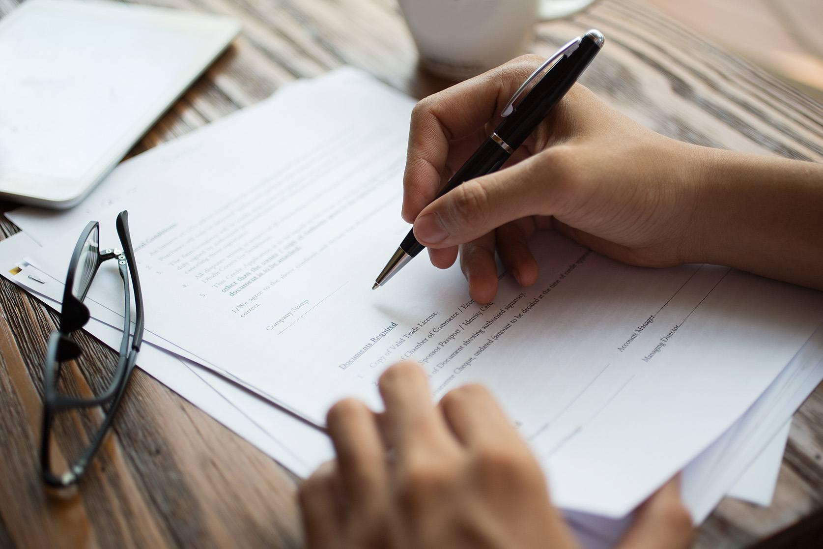 Qué documentos deben estar siempre en tu oficina y por qué? | Sage ...