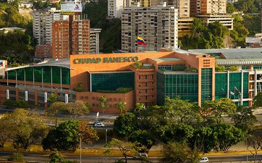 Cuatro ejecutivas de Banesco Venezuela son liberadas