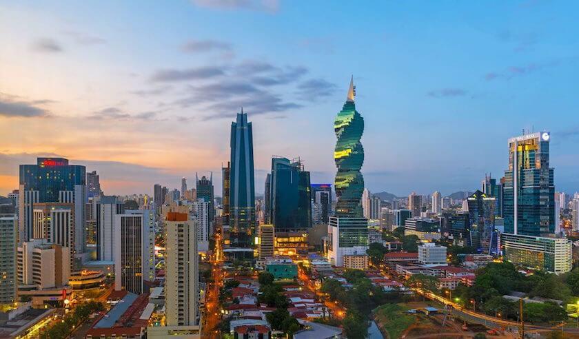 Las 7 razones por las que los inversores eligen Panamá