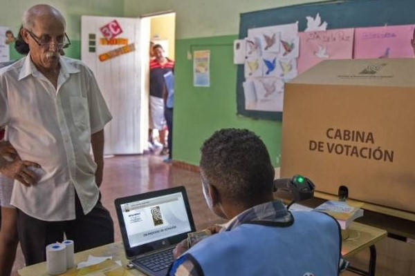 Requisitos para ser regidor en República Dominicana centro de votación
