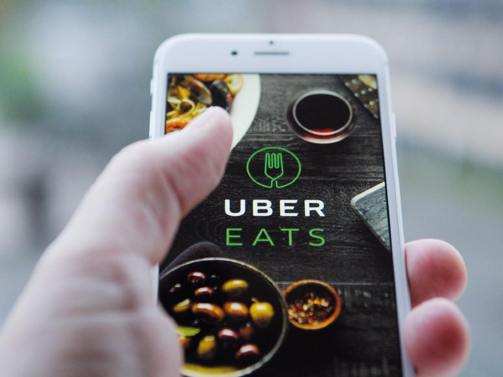 Ahora puedes pedir Uber Eats por teléfono e Instagram | Dónde Ir