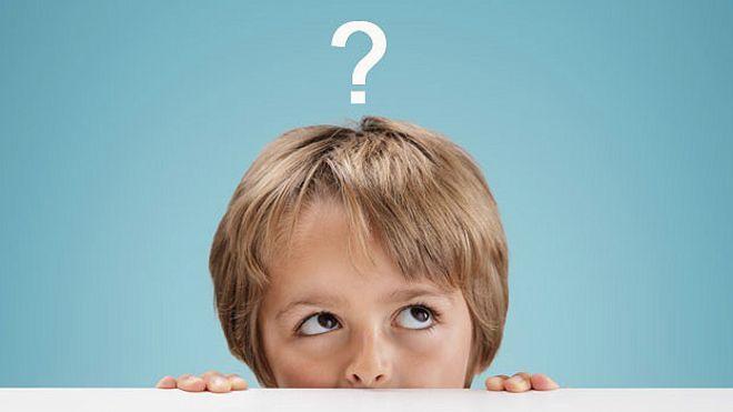 Niño con pregunta