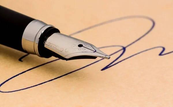 Requisitos para Firma Digital Costa Rica firmando