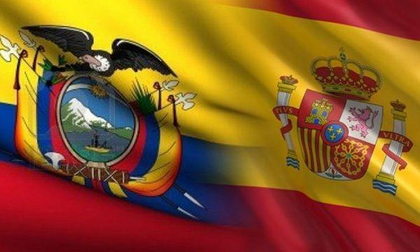 Requisitos para viajar a España banderas juntas