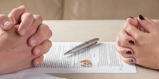 Requisitos para divorcio divorciándose